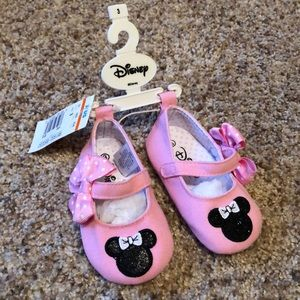 NWT Disney Minnie Mouse baby shoes